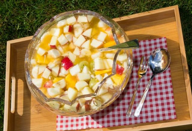 Summer Fruit Salad #healthy #summer #salad #fruit #vegan #vegetarian #picnic