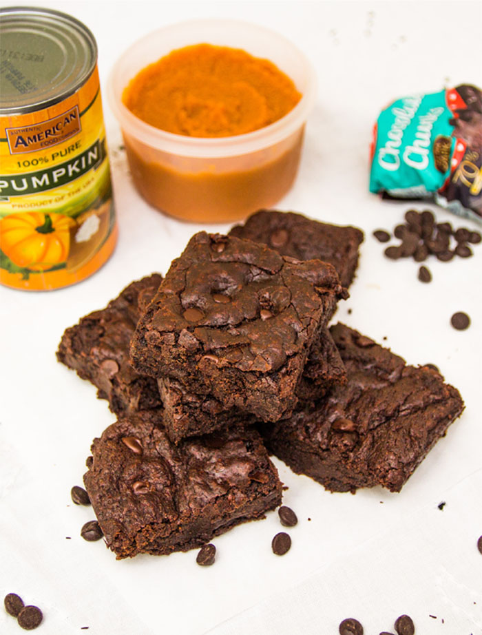 Healthy Chewy Pumpkin Brownies: Eggless, Dairy-free & Vegan!