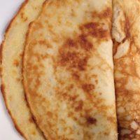 Low-FODMAP Pancakes: use up leftover banana (+gluten-free)