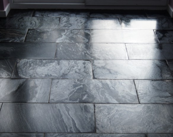 Silver-Pearl-Milled-Slate-Lancaster-After-Cleaing-and-ReSealing.jpg