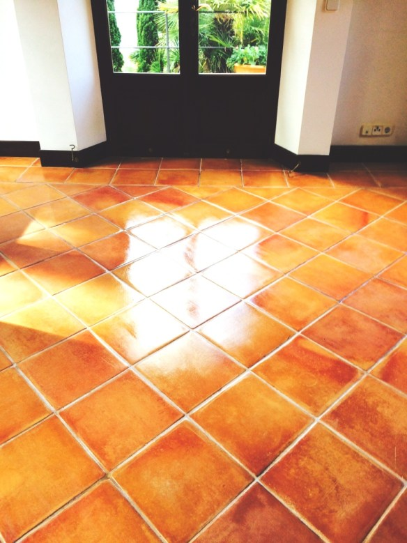 Terracotta-Tiled-Floor-Mallorca-After-Sealing