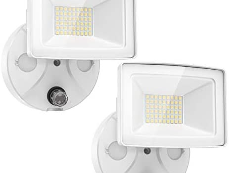Onforu 2 Pack 30W Dusk to Dawn LED Security Lights, 3000lm Outdoor Flood Lights, IP65 Waterproof Exterior Floodlights with Photocell 5000K Daylight White for Garage, Patio, Garden,Yard
