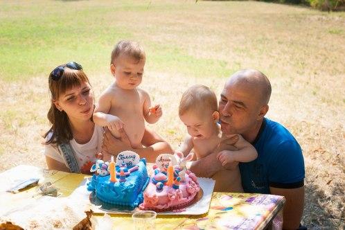 день рождение первый год двойняшки