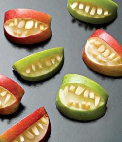 яблоки блюдо на хеллоуин
