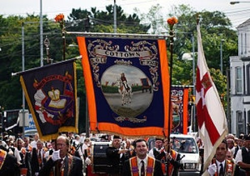 thumb_300px-Orangemen_parade_in_Bangor,_12_July_2010_-_geograph_-_1964645_1024