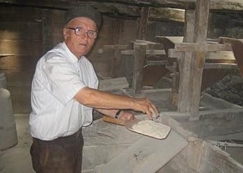 Mljevenje žita u mlinicama ili vodenim mlinovima