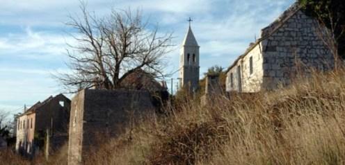 zapušteno Hrvatsko selo