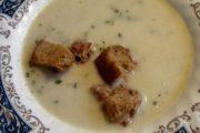 Tradicionalna biljna juha sa žumanjcima
