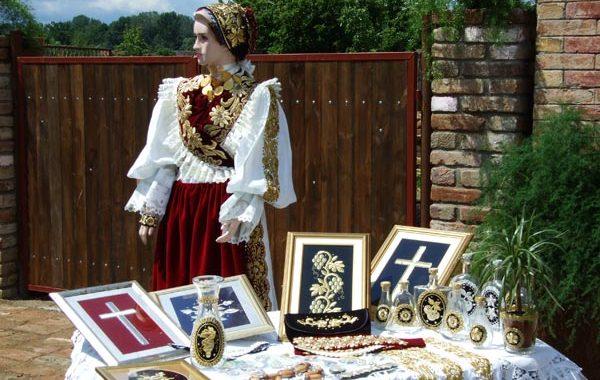 """Tradicionalni Hrvatski """"zlatovez"""" klutura i tradicija našeg naroda"""