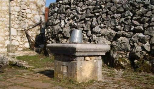 Hladna voda na bunaru