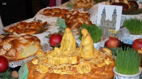 Tradicionalni kolač Božićnjak