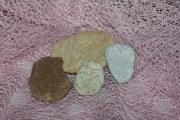 Kovčanje stara društvena igra kamenom i kovanicama