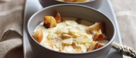 Bakina krem juha od badema i vrhnja