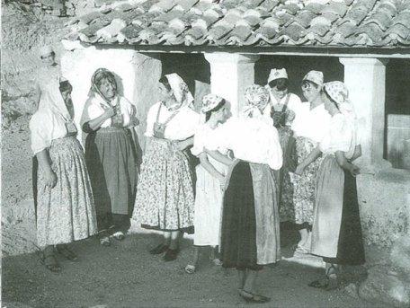 djevojke na selu