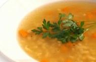 Jednostavna čista pileća juha