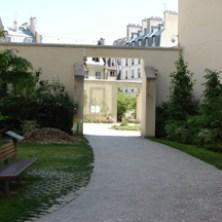 Anne Frank Garden-11