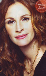 Notice What's On Julia Roberts' Neck