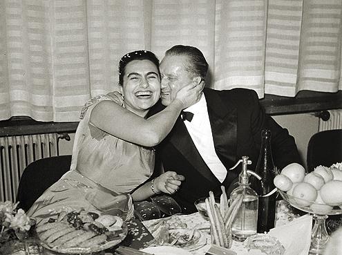 Jovanka i Tito na doceku Nove godine.