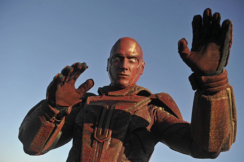 """""""Red Faced"""" -- Personal and professional stress get the better of Kara when she goes too far during a training exercise against Red Tornado, a military cyborg commissioned by Lucy Lane's father, General Sam Lane, on SUPERGIRL, Monday, Nov. 30 (8:00-9:00 PM, ET) on the CBS Television Network. Pictured: Iddo Goldberg as Red Tornado Photo: Darren Michaels/CBS ©2015 CBS Broadcasting, Inc. All Rights Reserved"""