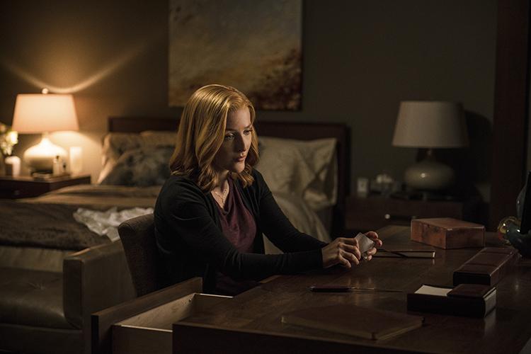 THE X-FILES: Gillian Anderson. Cr: Ed Araquel/FOX