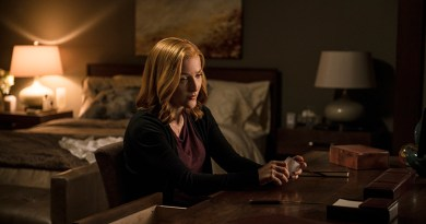 "THE X-FILES:  Gillian Anderson in the ""Founder's Mutation season premiere, part two, episode of THE X-FILES airing Monday, Jan. 25 (8:00-9:00 PM ET/PT) on FOX.  ©2016 Fox Broadcasting Co.  Cr:  Ed Araquel/FOX"
