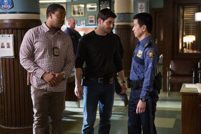 """GRIMM -- """"Lycanthropia"""" Episode 514 -- Pictured: (l-r) Russell Hornsby as Hank Griffin, David Giuntoli as Nick Burkhardt, Reggie Lee as Sergeant Wu -- (Photo by: Scott Green/NBC)"""