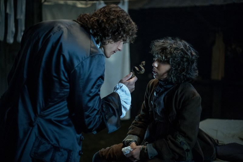 Jamie gives Fergus a talking to and then hires him.