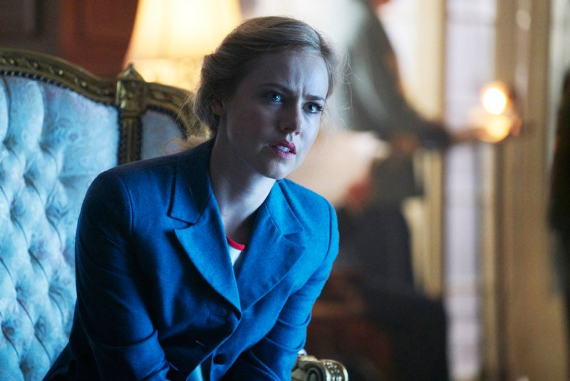 "12 MONKEYS -- ""Emergence"" Episode 204 -- Pictured: Amanda Schull as Cassandra Railly -- (Photo by: Steve Wilkie/Syfy)"