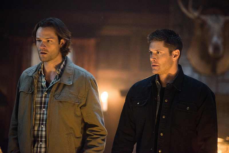 "Supernatural -- ""Celebrating the Life of Asa Wilder"" -- SN1206a_0085.jpg -- Pictured (L-R): Jared Padalecki as Sam and Jensen Ackles as Dean -- Photo: Diyah Pera/The CW -- © 2016 The CW Network, LLC. All Rights Reserved"