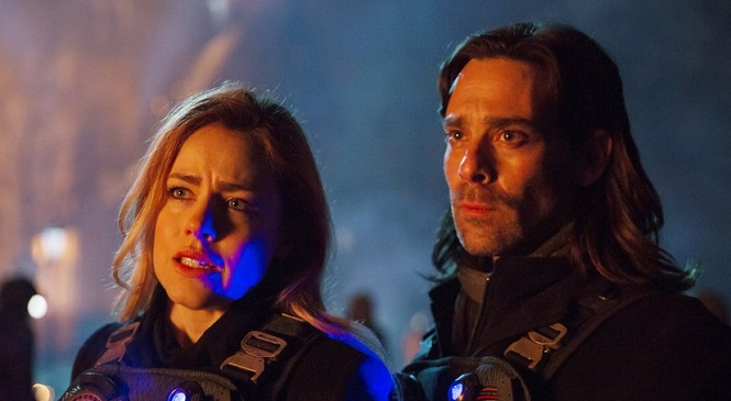 The 12 MONKEYS Season Finale Presents a Witness with a Twist