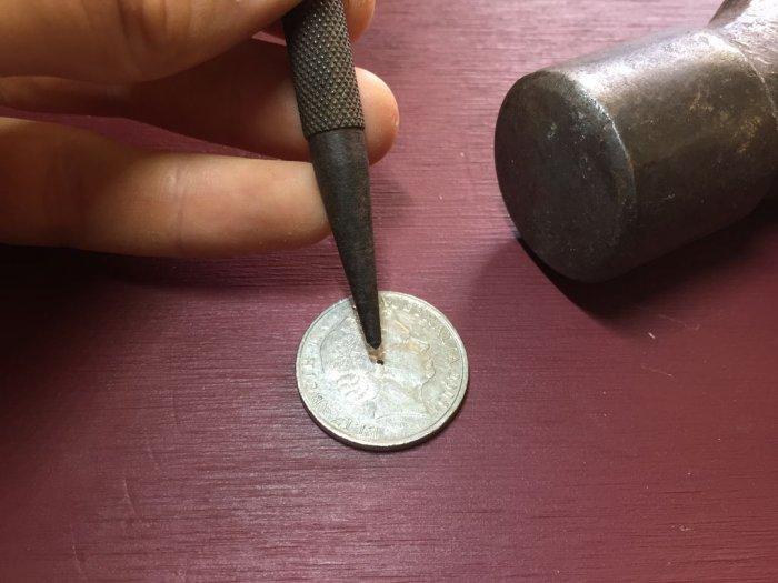 Қарапайым монетадан қалай сақинаны қалай жасауға болады