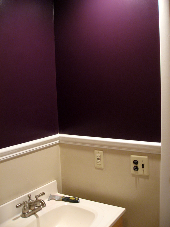 paint-palette in purple