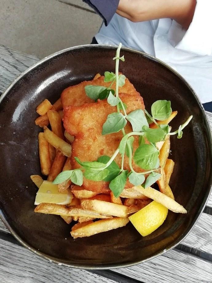 Svea y Pablo - Fisk and chips en Vatten Restaurang
