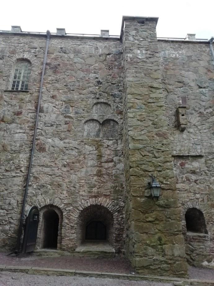 Svea y Pablo - Muros de refuerzo hechos en 1687