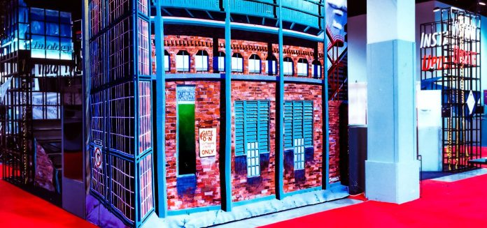 Phil-Manker-trade-show-booth-cool-examples-house-gate-demo-photo_edited