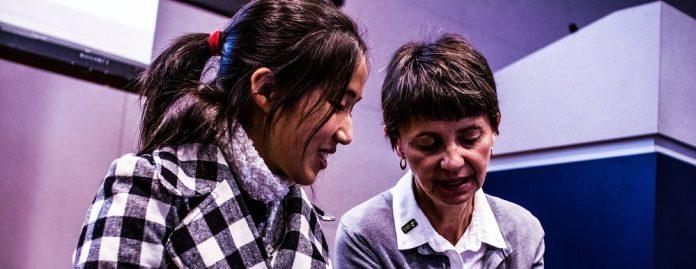 Mustang-Teaching-Empowerment-Mentor-Mentee-Mentoring-Female-Girl-Woman-Asian-Business