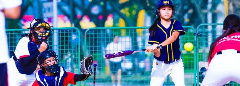 Baseball-Softball-Singapore-Team-Batter-Flying-Ball-Super-Friendly-Action-Sports