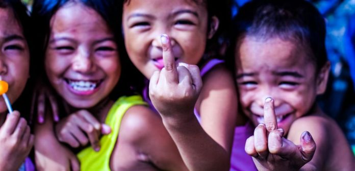 young-kids-children-showing-bad-finger-flipping-off-laughing-eff-off-smiling-students-bad-teacher-want-to-learn