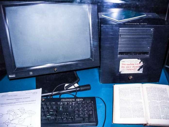 First_Web_Server-CERN-Next-Cube-WWW-World-Wide-Web