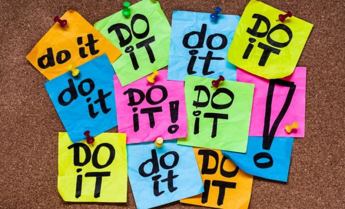 Do It Post It Sticky Notes Message Board Procrastination Avoid Productivity