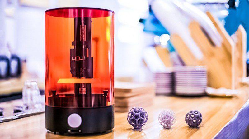 Wow SparkMaker SLA 3D Printer Video Demo Desk Sized Affordable China