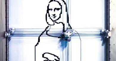 Utensil An Adorable Robot that Makes Art