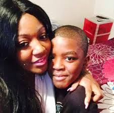 Lovely Mom of 9yr old boy Gun Down in Chiraq Bought a New Car with Funeral Donations