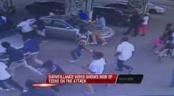 Black Teens brutal attack Man