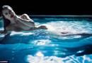 #Khloe Kardashian Poses Nude