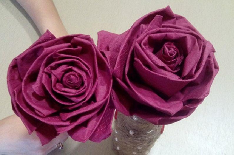 Цветы из салфеток своими руками - фото