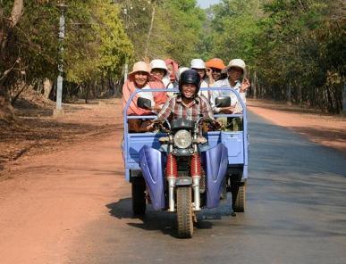 Der Straßenverkehr in Kambodscha ist oft chaotisch.
