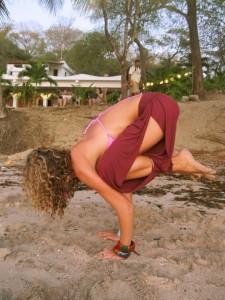 Crow Pose | Sasha Dae | @sashadae | nosarananda.com