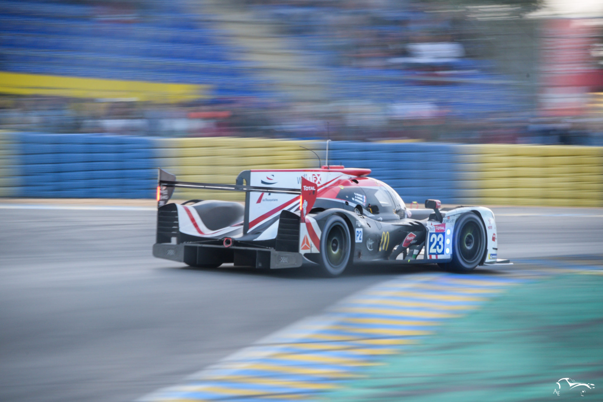 Panis-Barthez Compétition Ligier JS P217-Gibson