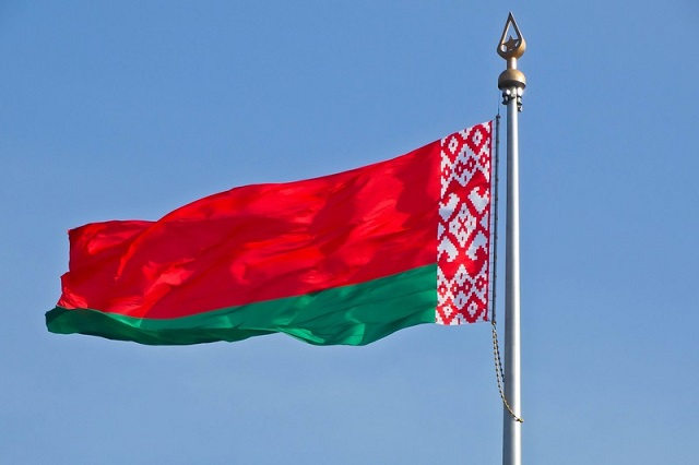 Алиев по телефону поблагодарил Лукашенко за экстрадицию Лапшина